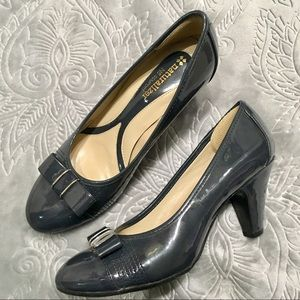 Naturalizer Cute Bow Patent Leather Gray Pump